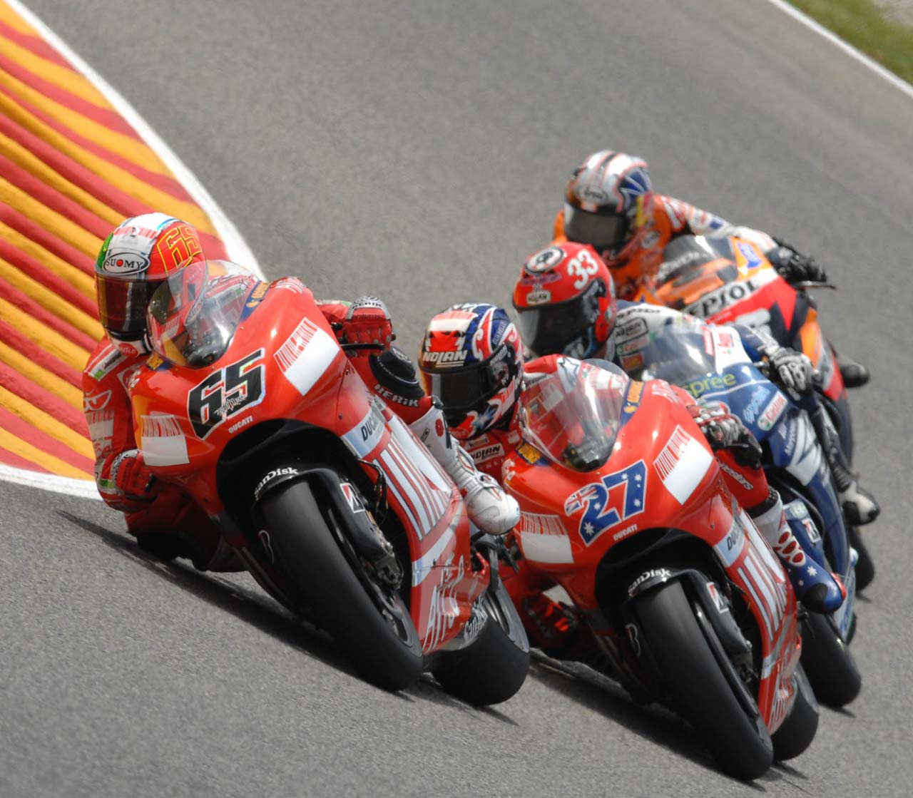 big_loris_capirossi_mugello_04.jpg